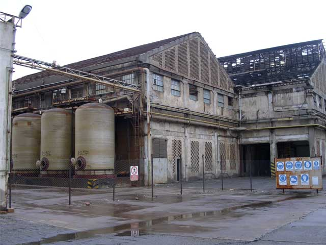 Crotone sito industriale in attesa di bonifica