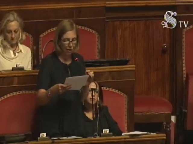 Rifiuti, Margherita Corrado (M5s) chiede commissariamento in Calabria: l'intervento in Senato